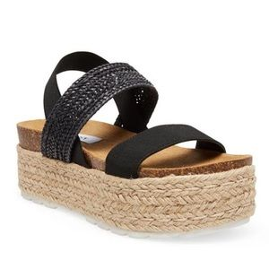 NWOB Steve Madden Black Raffia Flatform Sandals